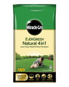 Miracle-Gro Natural 4 in 1 Feed, Weed & Mosskiller - 260m2